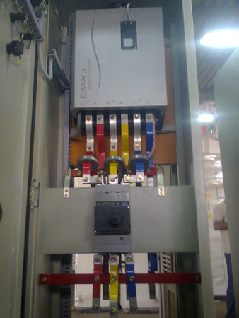OceMnmZqkAI together with Three Phase Reversing Switch Wiring Diagram moreover Wiring Diagram Contactor Siemens Datasheet likewise Dol Soft Start Wiring Diagram as well Direct Online Starter Wiring Diagram. on control wiring of star delta starter with diagram